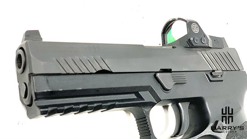 Glock 17 vs Sig P320 sig slide