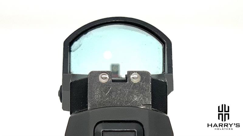 Glock 19 vs Sig P320 sights