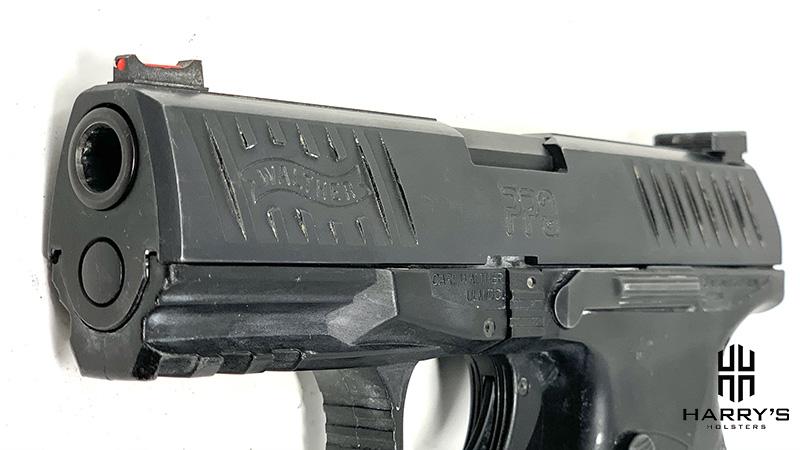 Glock 19 vs Walther PPQ slide PPQ